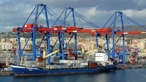container-port-284429_640